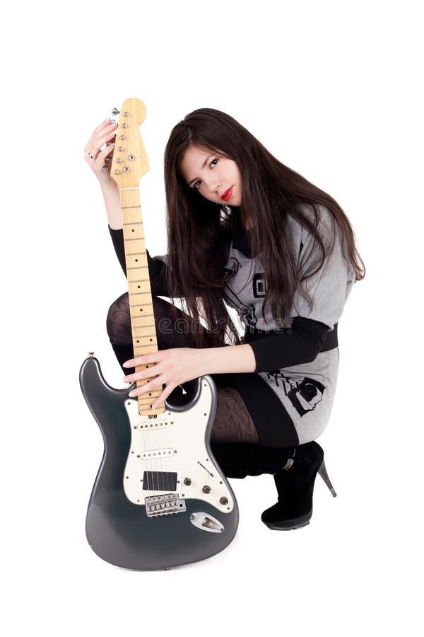 Muchacha y guitarra fotos de archivo libres de regalías