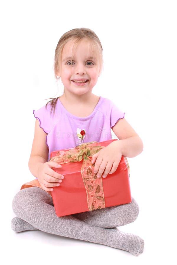 Muchacha y presente fotos de archivo libres de regalías