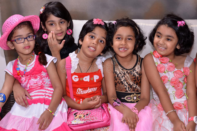 muchachas del cumpleaños imagen de archivo libre de regalías