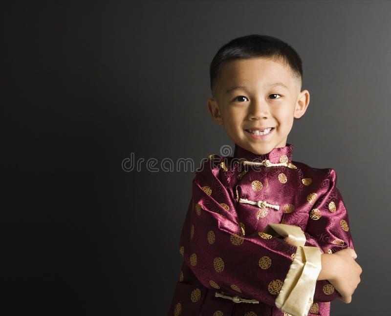 Muchacho asiático sonriente. foto de archivo libre de regalías