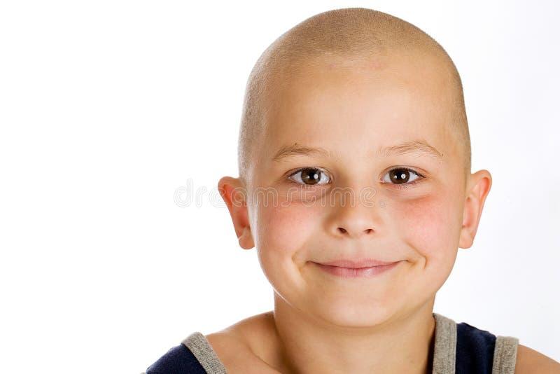 Muchacho calvo joven lindo imagen de archivo libre de regalías