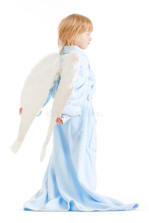 Muchacho con las alas del ángel imagen de archivo libre de regalías