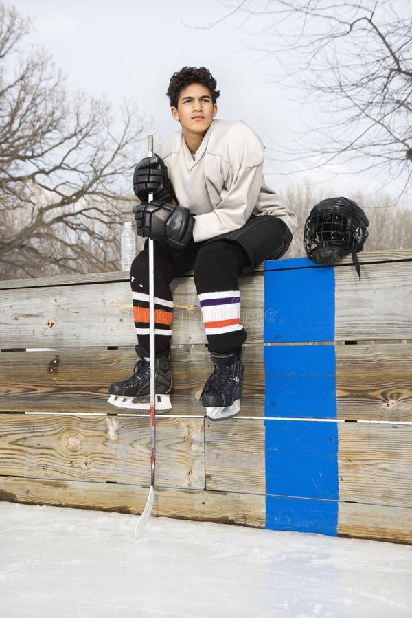 Muchacho del jugador de hockey. foto de archivo