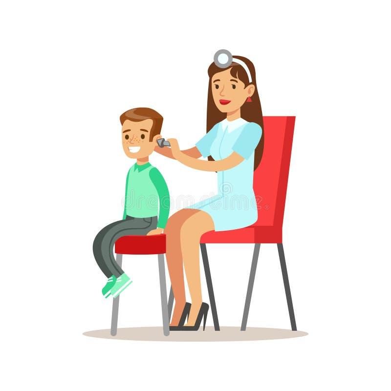 Muchacho en chequeo médico con el doctor de sexo femenino Checking His Ears del pediatra que hace el examen físico para el preesc ilustración del vector