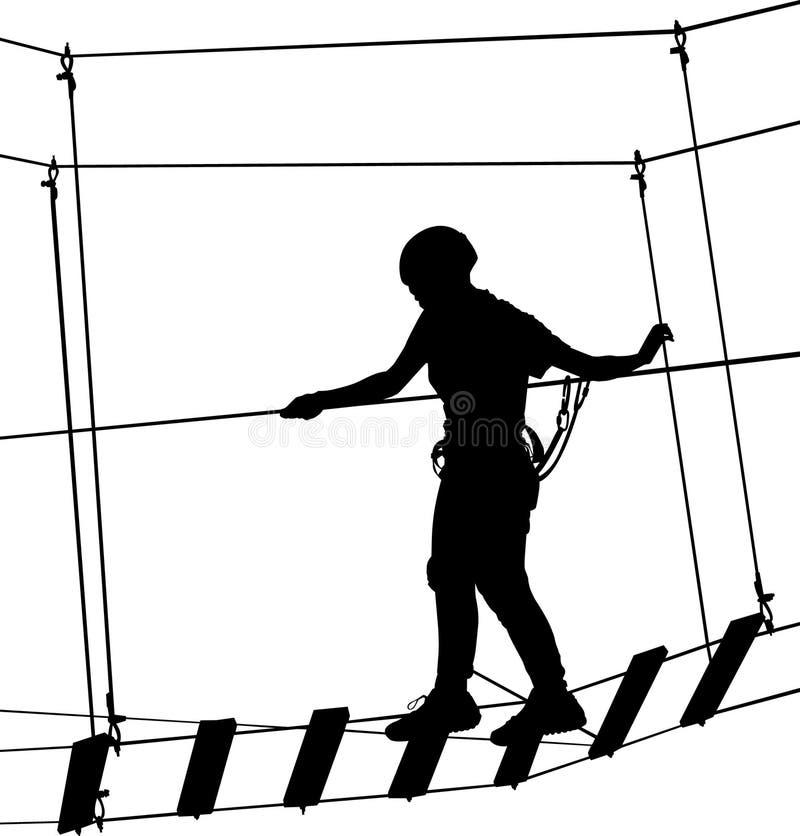 Muchacho en escalera de cuerda del parque de la aventura Aventura de la silueta El deportista extremo tomó abajo con la cuerda Ac ilustración del vector