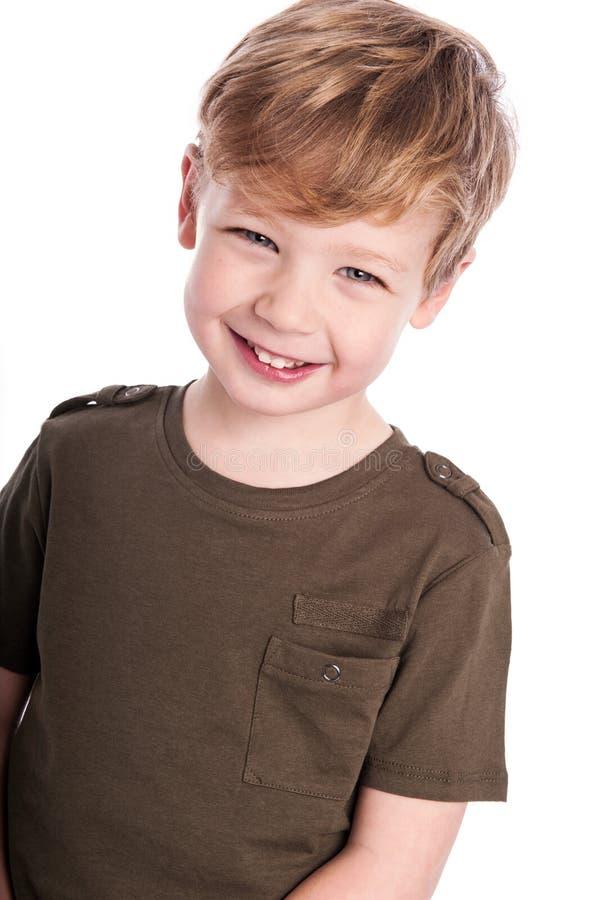 Muchacho feliz que mira a la cámara. imágenes de archivo libres de regalías