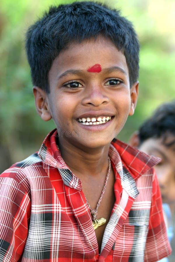Muchacho indio de risa foto de archivo