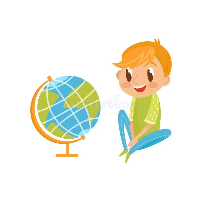 Muchacho lindo que se sienta en el piso y que considera el concepto del globo, de la educación y del conocimiento, personaje de d libre illustration
