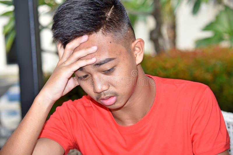 Muchacho triste del adolescente fotografía de archivo