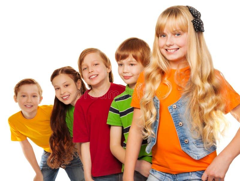 Muchachos felices y muchachas de 8 años fotografía de archivo libre de regalías