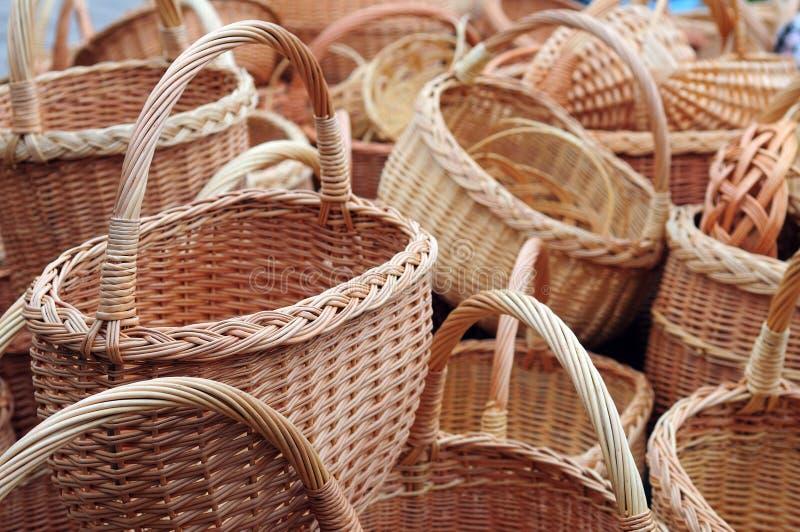 Muchas cestas de mimbre fotografía de archivo libre de regalías