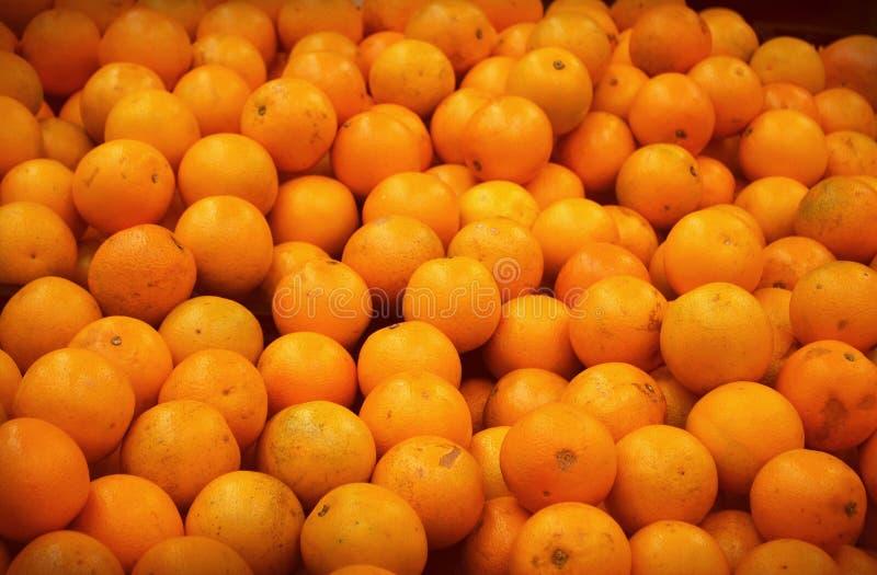 Muchas naranjas fotos de archivo libres de regalías