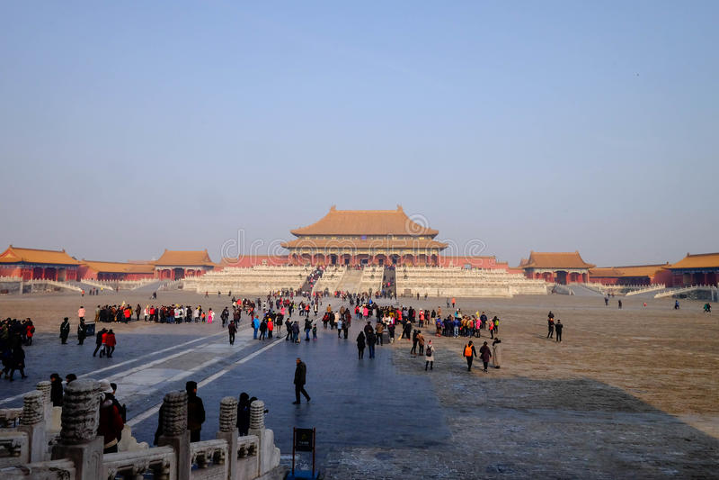 Muchedumbre dentro de la ciudad Prohibida Pekín China fotos de archivo libres de regalías