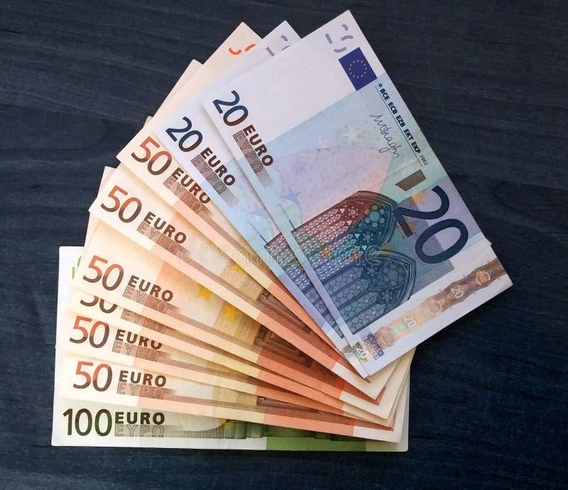 Mucho dinero europeo fotos de archivo