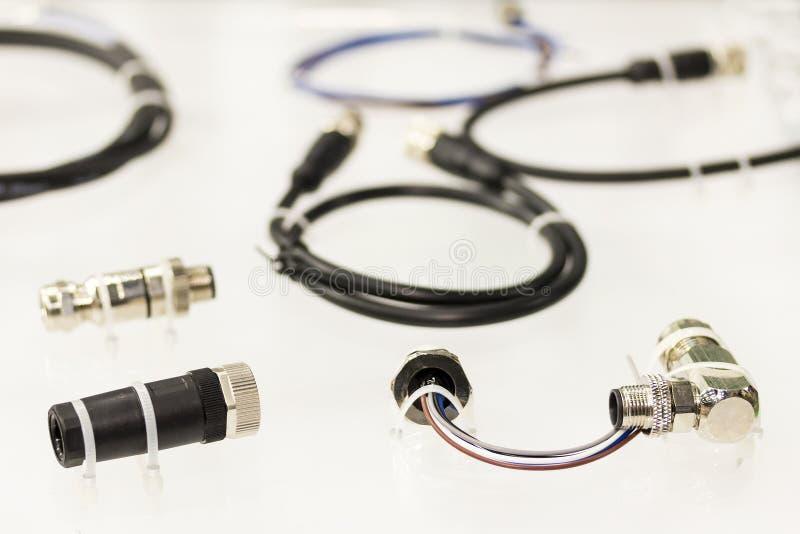 Mucho poder comercial bueno del conector multiclavijas y del alambre electrónico para la condición de fines generales o dura e in imágenes de archivo libres de regalías