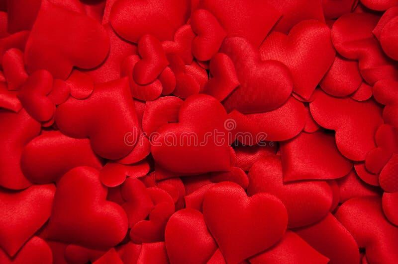 Muchos corazones rojos imagen de archivo libre de regalías