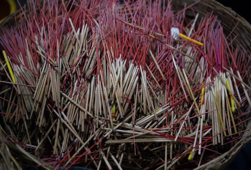 Muchos de palillos de ídolo chino usados imágenes de archivo libres de regalías