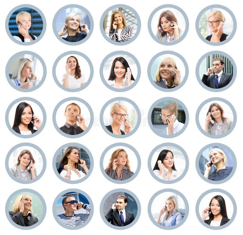 Muchos diversos hombres de negocios que hablan en el teléfono imágenes de archivo libres de regalías