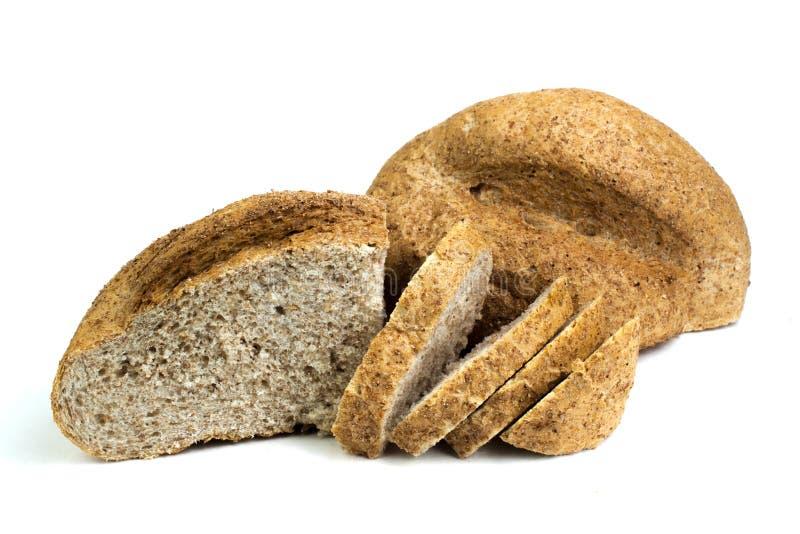 Muchos panes y rollos mezclados del pan cocido en fondo blanco aislado foto de archivo libre de regalías