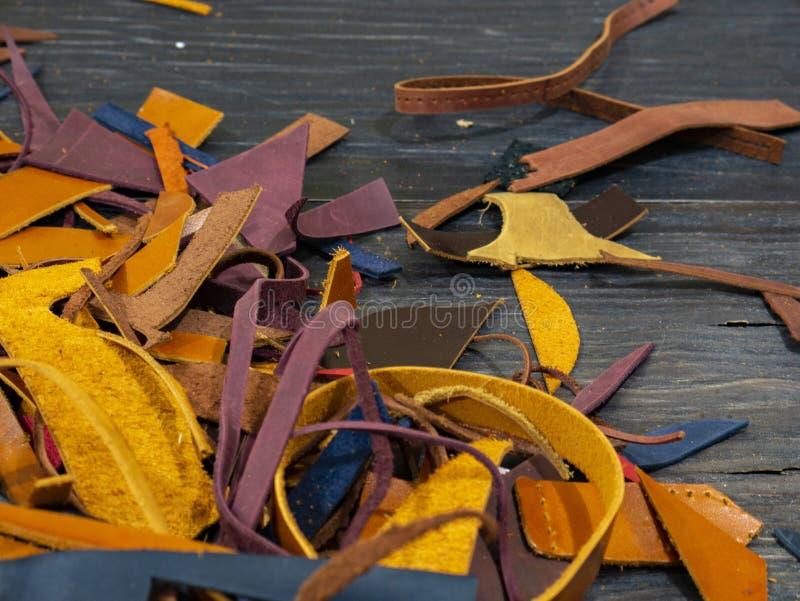 Muchos pedazos de cuero colorido foto de archivo libre de regalías