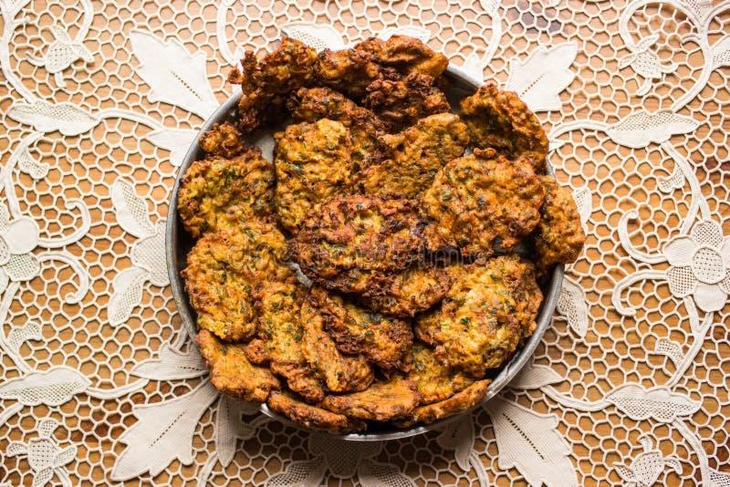 Mucver/Gebraden courgette/Turks Voedsel royalty-vrije stock afbeeldingen