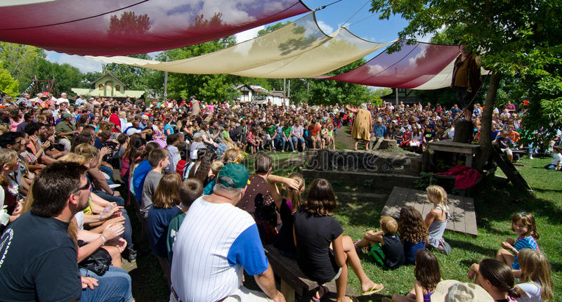 Download The Mud Show editorial photography. Image of crowd, renaissance - 33468712
