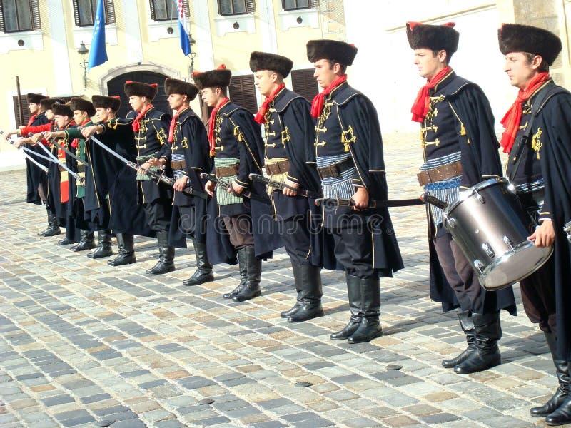 Mudança do protetor do regimento de Kravat imagens de stock