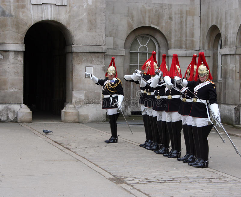 Mudança do protetor Londres imagem de stock