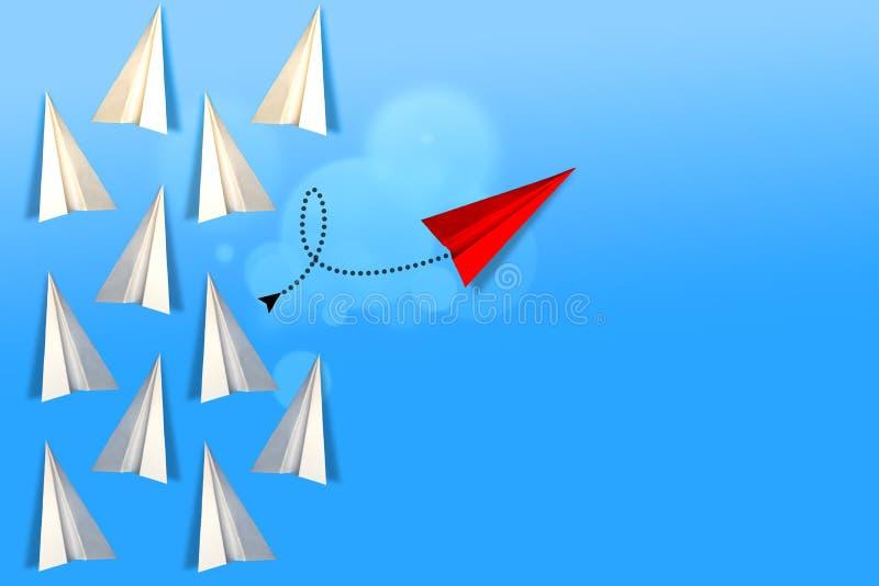 Mude de direção ou saia do avião de papel coletivo foto de stock