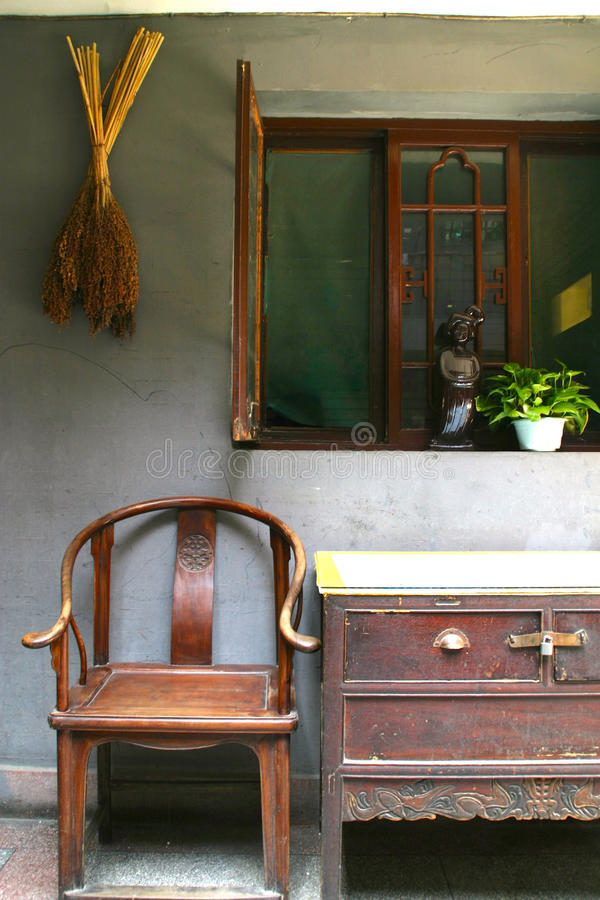 Muebles antiguos chinos foto de archivo. Imagen de decoración - 49010072