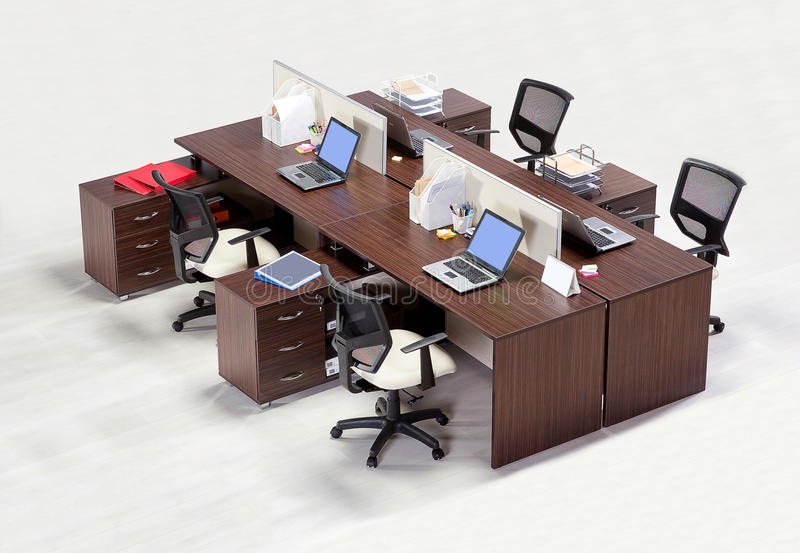 Muebles de oficinas en un fondo blanco foto de archivo libre de regalías