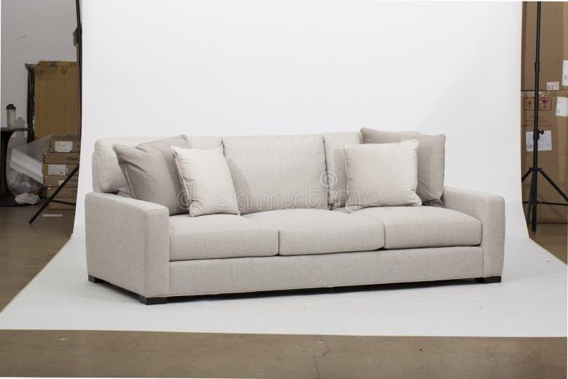 Muebles meridionales Bradley Sofa, del mismo tamaño de la silla, sofás seccionales imponentes con COM de Sofa Recliner And Chaise fotografía de archivo