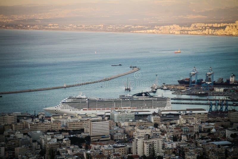 Muelle de la fantasía en Haifa fotos de archivo