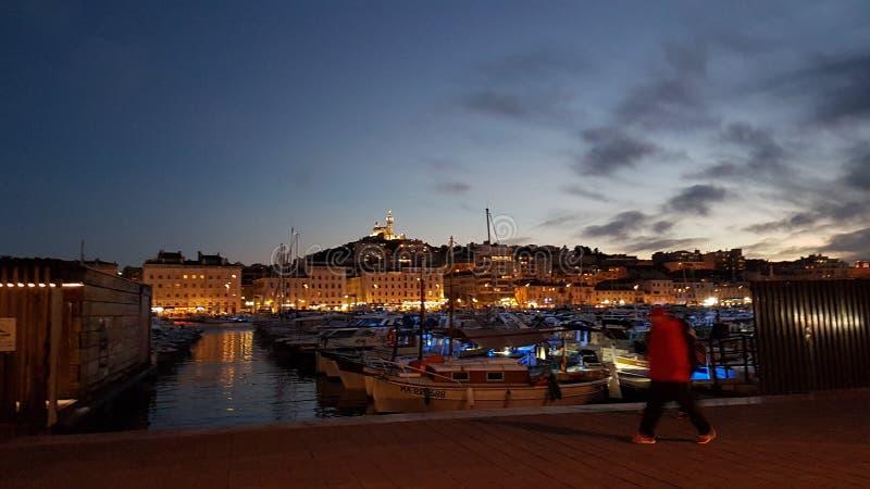 Muelle de Marsella por noche foto de archivo libre de regalías