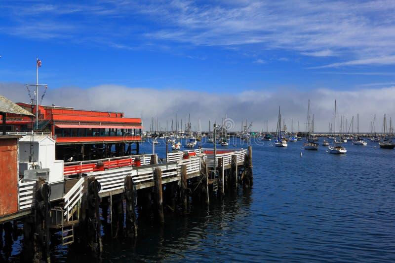 Download Muelle De Monterey Fishermans Foto de archivo - Imagen de costa, sailboat: 41911954