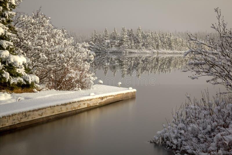 Muelle del barco del invierno imágenes de archivo libres de regalías
