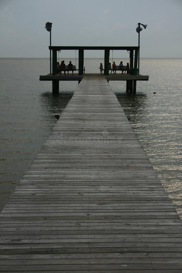 Muelle en la bahía fotografía de archivo libre de regalías