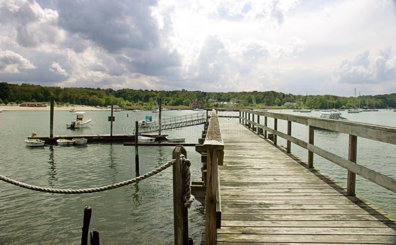 Muelle privado en el Long Island imagenes de archivo