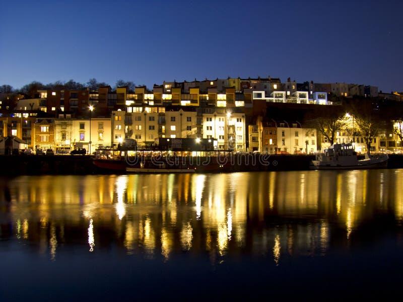 Muelles de Bristol en la noche foto de archivo libre de regalías