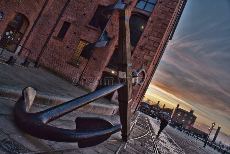 Muelles de Liverpool del ancla fotografía de archivo libre de regalías