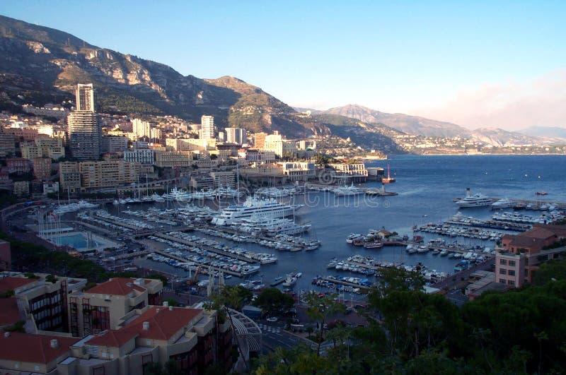 Muelles de Mónaco de arriba foto de archivo