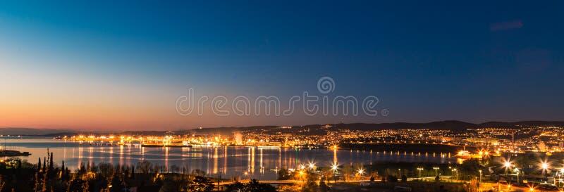 Muelles de Trieste imágenes de archivo libres de regalías