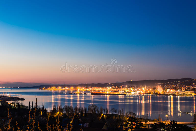 Muelles de Trieste imagenes de archivo