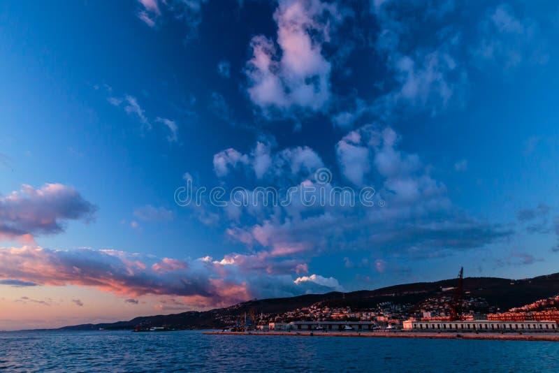 Muelles de Trieste foto de archivo
