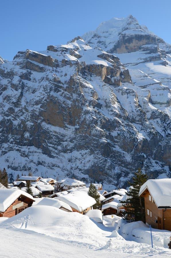 Muerren, station de sports d'hiver suisse images libres de droits