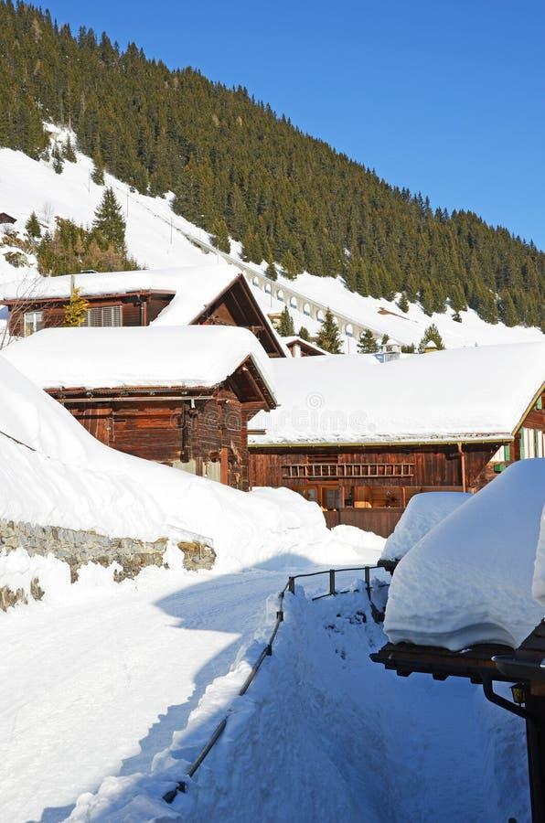 Download Muerren, Zwitserse Het Ski?en Toevlucht Stock Foto - Afbeelding bestaande uit seizoen, jungfrau: 29506000