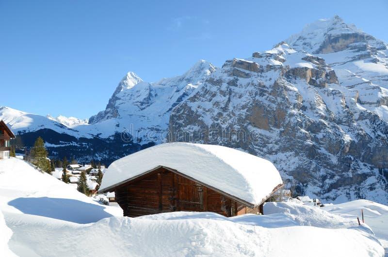 Download Muerren, Zwitserse Het Ski?en Toevlucht Stock Foto - Afbeelding bestaande uit chalet, zwitserland: 29506108
