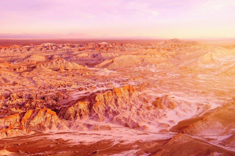 Muerte valle-Valle de Muerte en el tiempo de la puesta del sol fotos de archivo