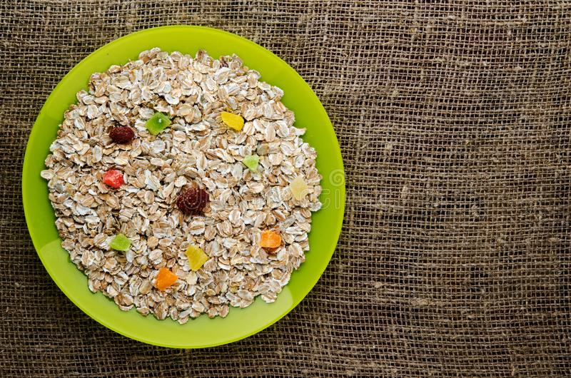 Download Muesli con frutos secos foto de archivo. Imagen de grano - 100528884