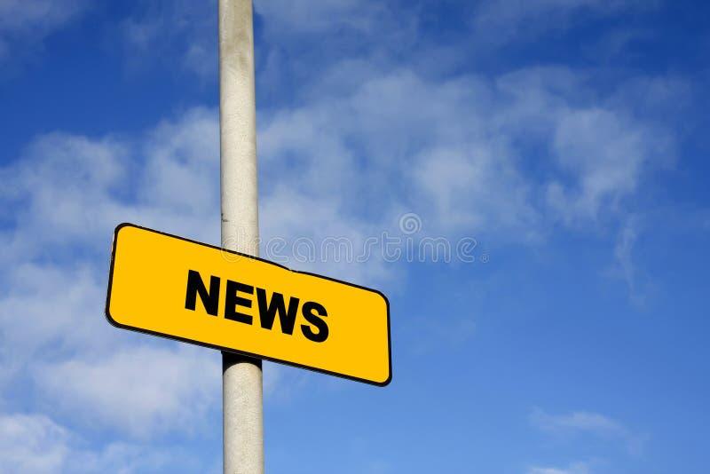 Muestra amarilla de las noticias imagenes de archivo